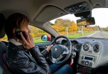 vožnja vozačica mobitel auto