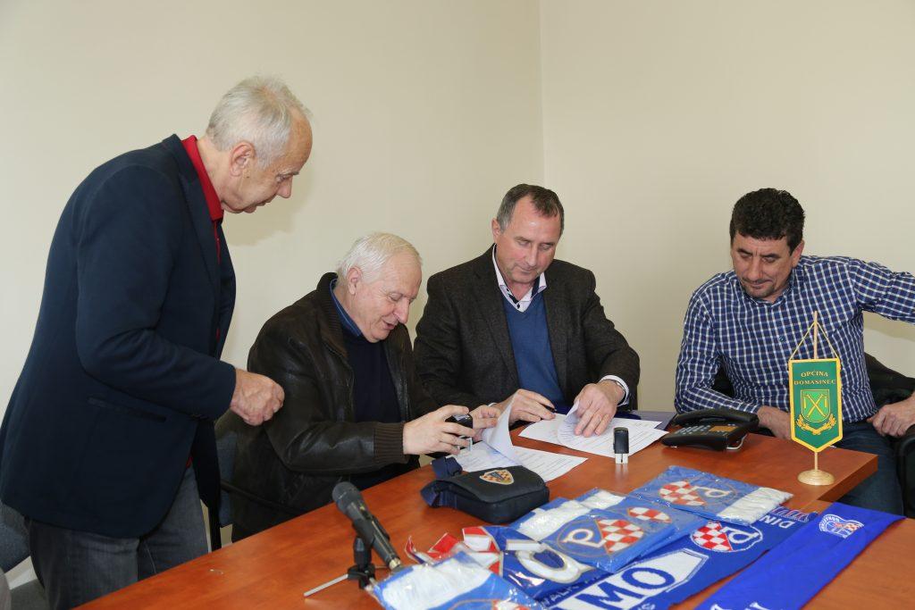 Potpis ugovora Dinamo Domašinec i Dinamo Zagreb