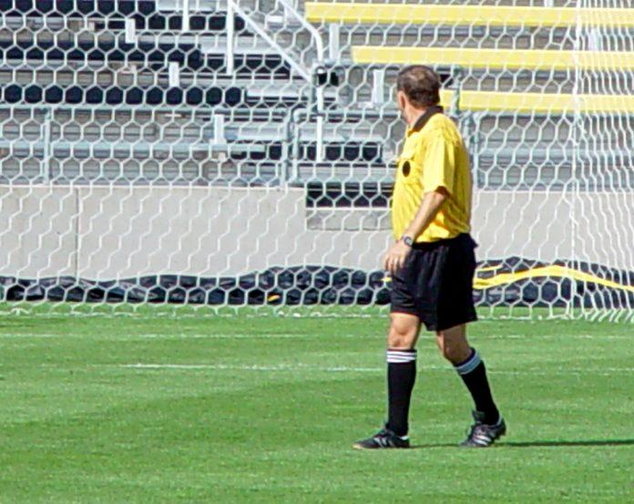 nogometni sudac