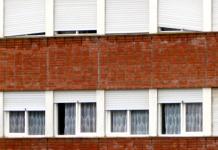 zgrada prozor