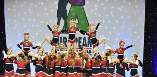 Cheerleadersice Livi