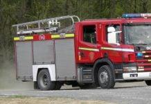 vatrogasci vatrogasno vozilo