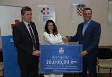 Ravnatelj Robert Grubić. dr. med Andreja Marić i gradonačelnik Stjepan Kovač