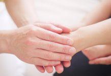 palijativna skrb ruke