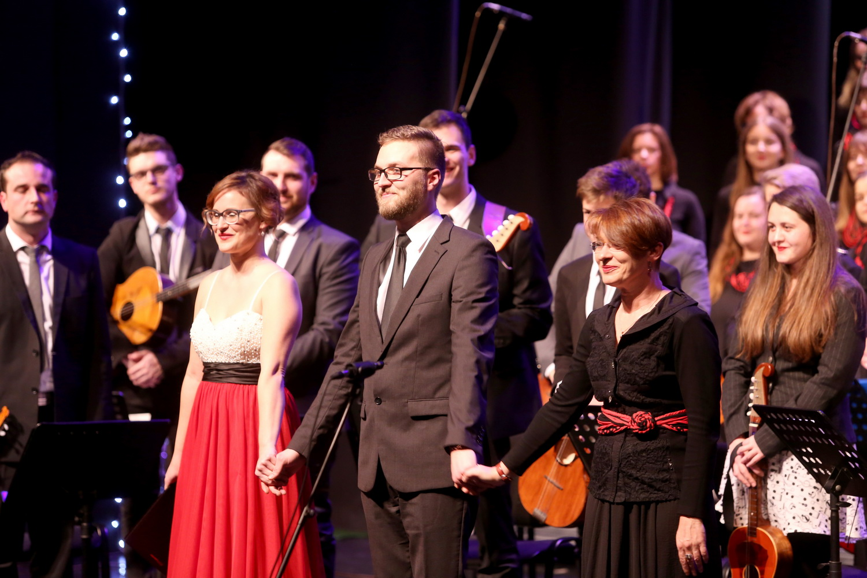 bozicni koncert uczk25