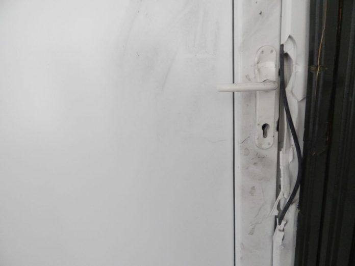 pokušaj provale bankomata u Gornjem Mihaljevcu (8)