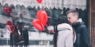 ljubav poljubac valentinovo