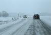 snijeg zima cesta promet auti