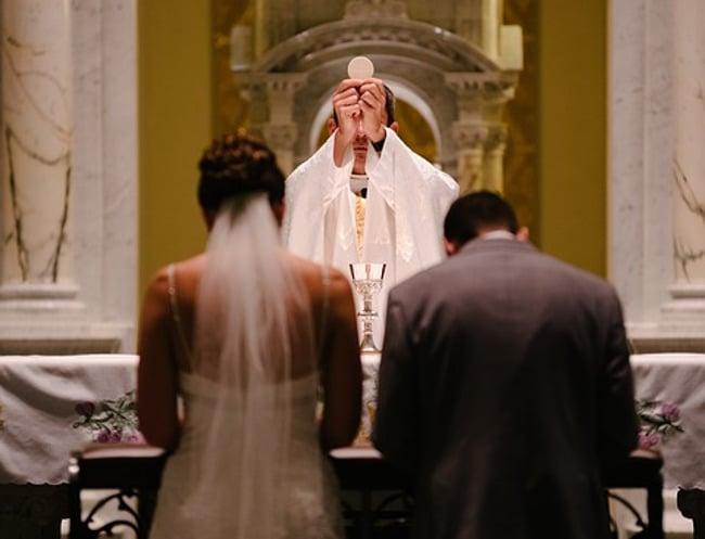 svećenik vjenčanje crkva misa