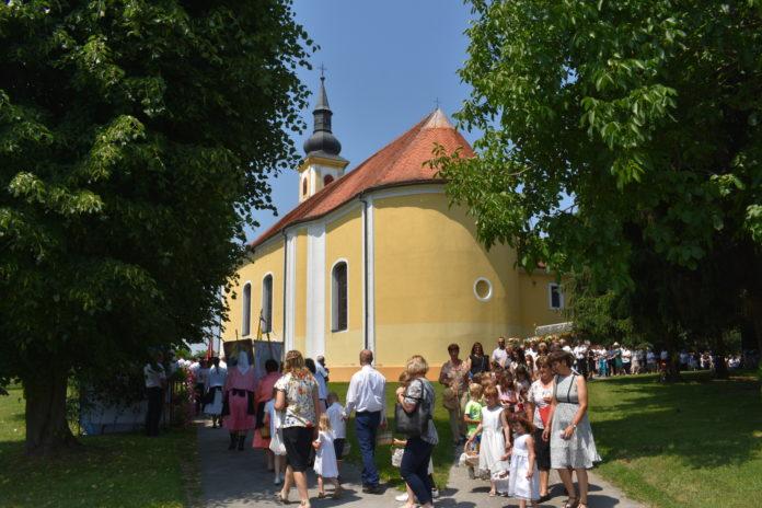 Tijelovo procesija Goričan1