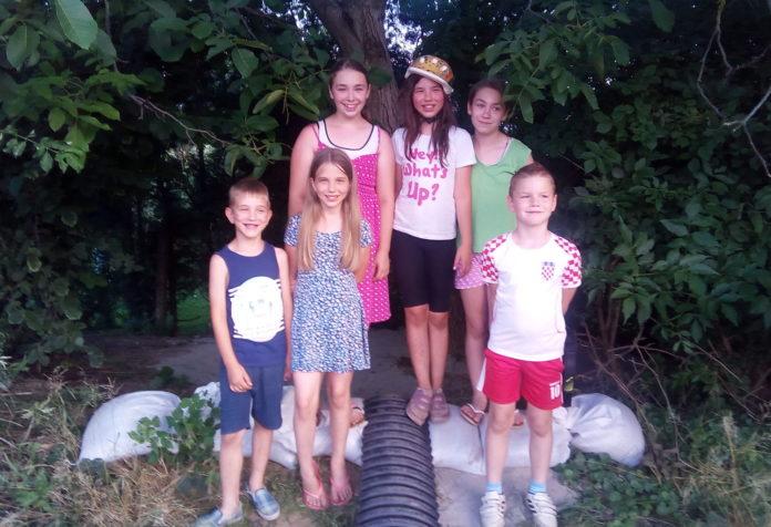 Kućica u prirodi djeca Podgorica1