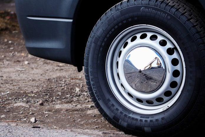 kamion kotač guma