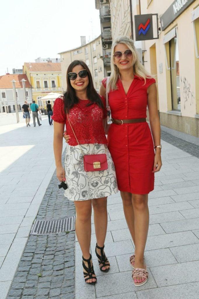 Ivona Posavec i Ivana Katuša u crvenom ljetnom izdanju