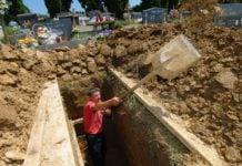 grobar grob kopanje