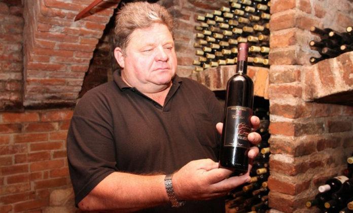 """Vinogradarstvo i podrumarstvo """"Tomšić"""""""