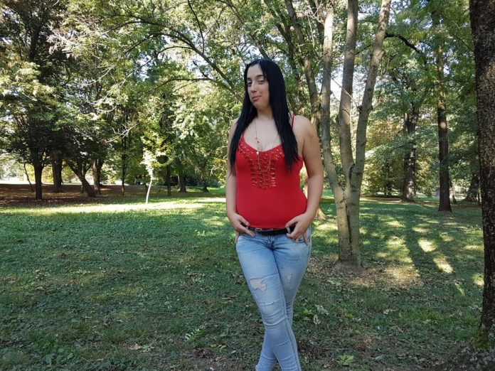 Nikolina Cvek u šetnji čakovečkim parkom