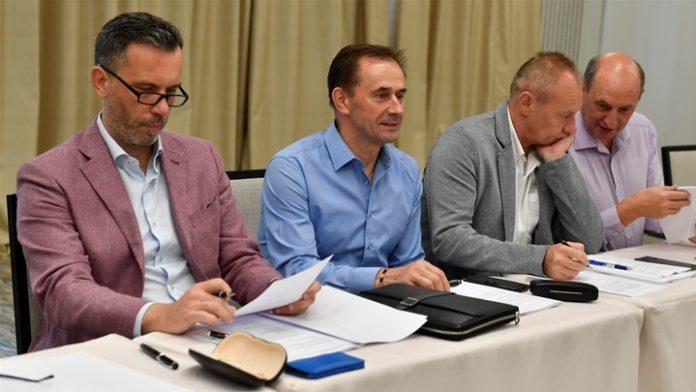 Izvršni odbor HNS Mato Kljajić
