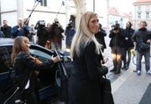 Janica Kostelić ulazi u zgradu Vlade