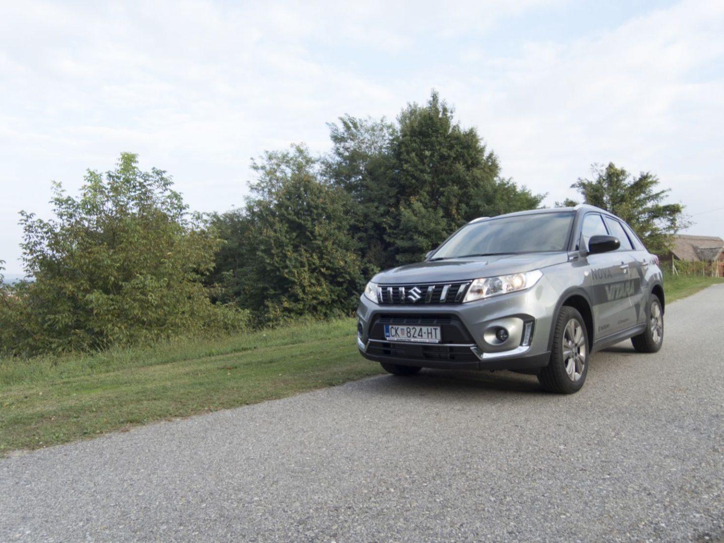 TEST: Kako je bilo voziti novu redizajniranu Suzuki Vitaru 1.4 Premium?
