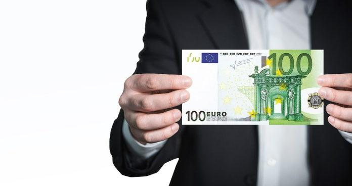 euro euri novac poklon božićnica