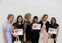 A3-nagrađene učenice s modelima