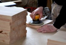 stolar radnik obrtnik drvo obrada