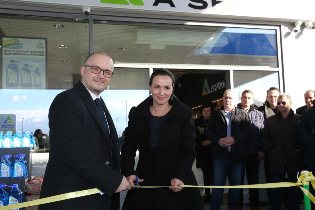 FOTO: U Čakovcu otvorena nova benzinska postaja APIOS- OMV brand partner!