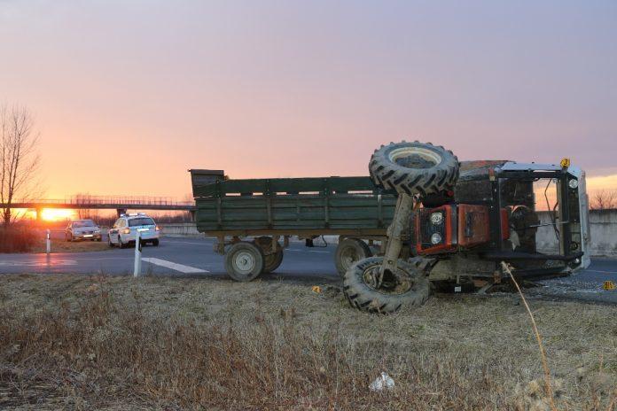 prevrtanje-traktor