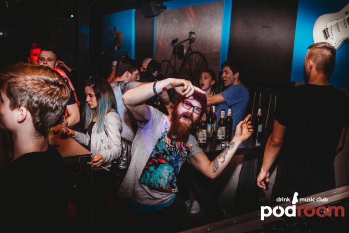 podroom clubbing