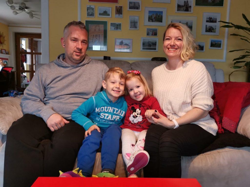 Obitelj Lehkec, otac Elvis, majka Vlatka, brat Tristan i mala Luka