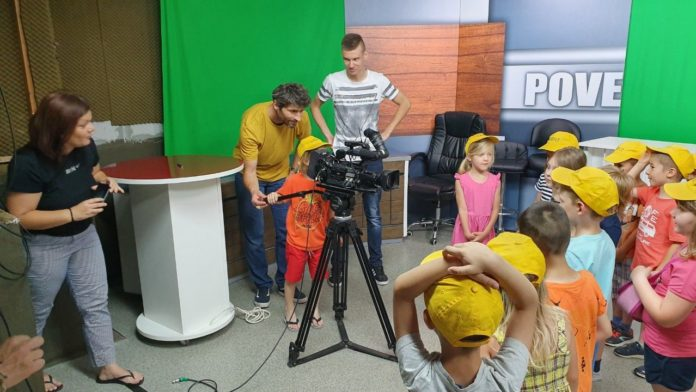 djaca na televizij