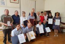 2019.06.28.Nagrađeni s predsjednikom HZTK_e_Ivanom Vlainićem