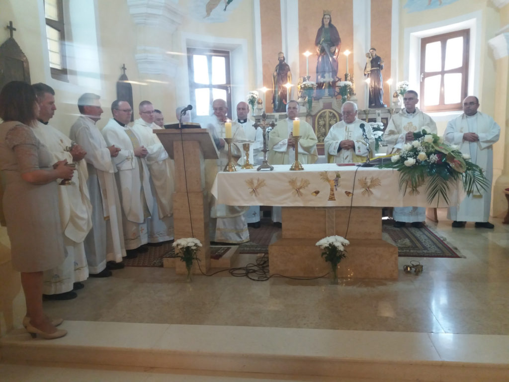 FOTO: Krolovo u Gornjem Mihaljevcu uz tradicionalno prošćenje