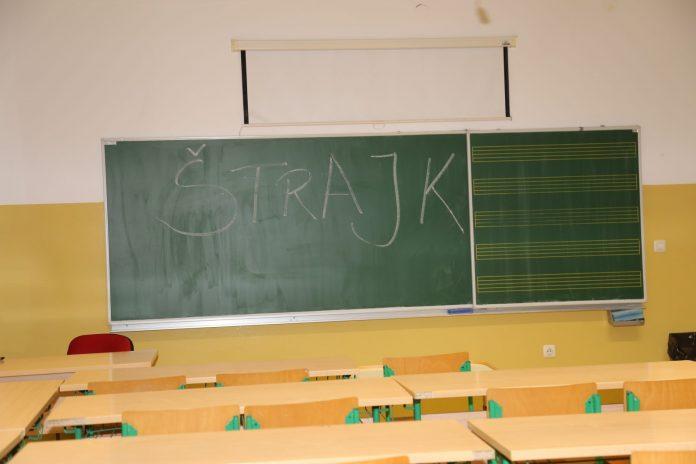 štrajk u učitelja7