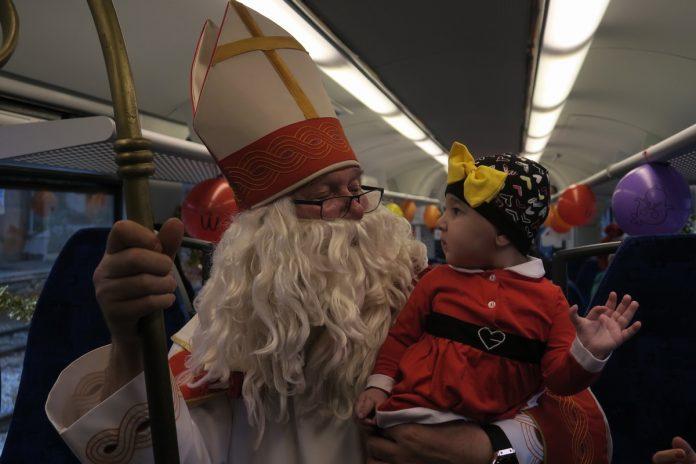 Božićni vlak (31)