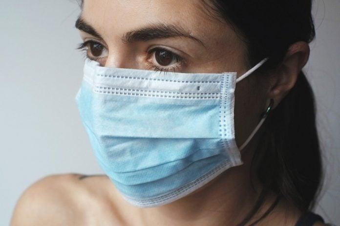 maska koronavirus