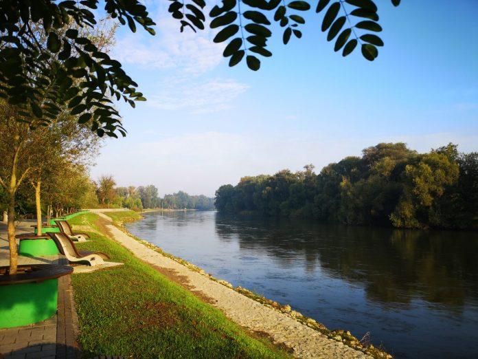 šetnica uz rijeku Muru
