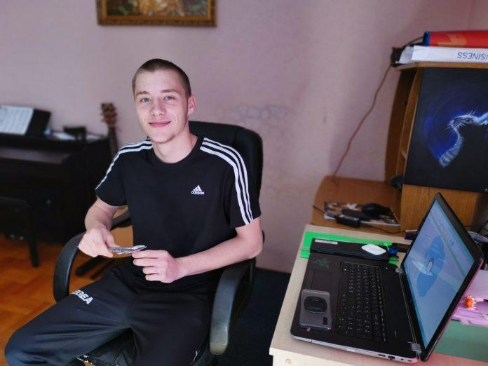Maturant Dominik Bogdan podijelio svoje iskustvo rada od kuće i pripremu za državnu maturu
