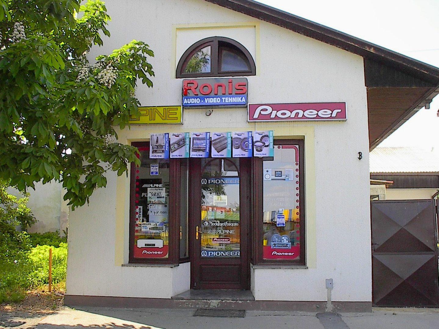 Prva lokacija Ronisa, 1997.godine