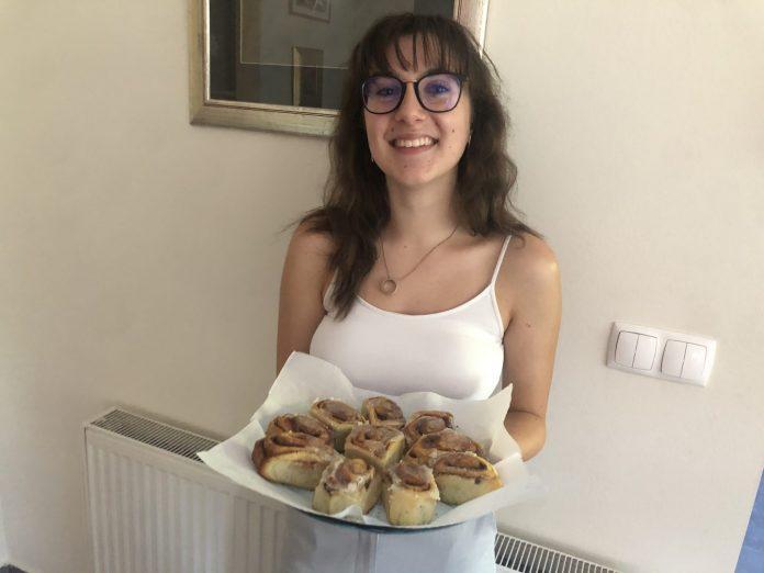 narodna kuharica-rolice s cimetom 1