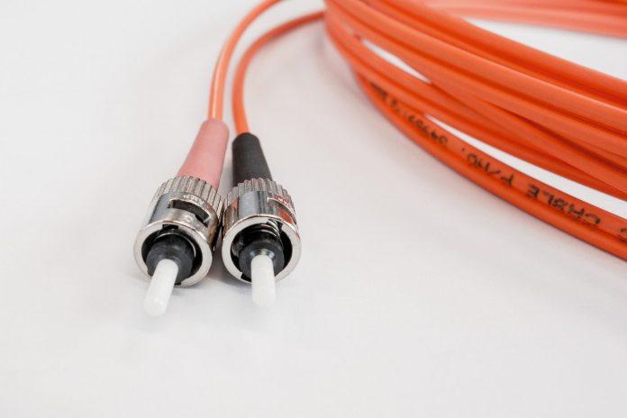 optički kabel