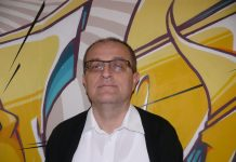 Urednik Insule Miroslav Gakić
