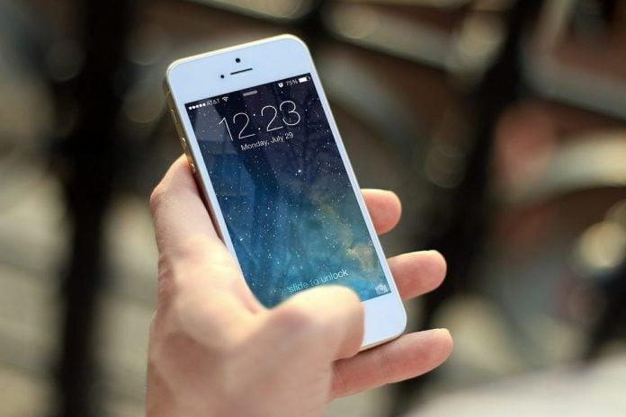 mobitel iphone