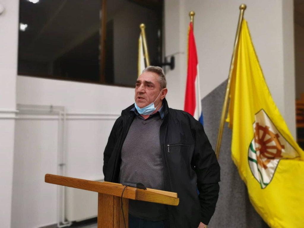 Vladimir Sabol (HSS)