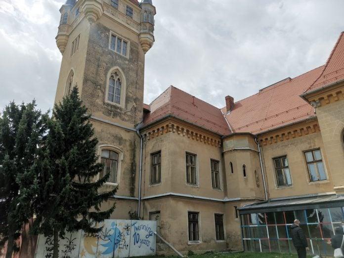 Dvorac Feštetić se nalazi u dosta lošem stanju