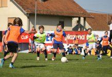 Mladi nogometaši u žaru borbe