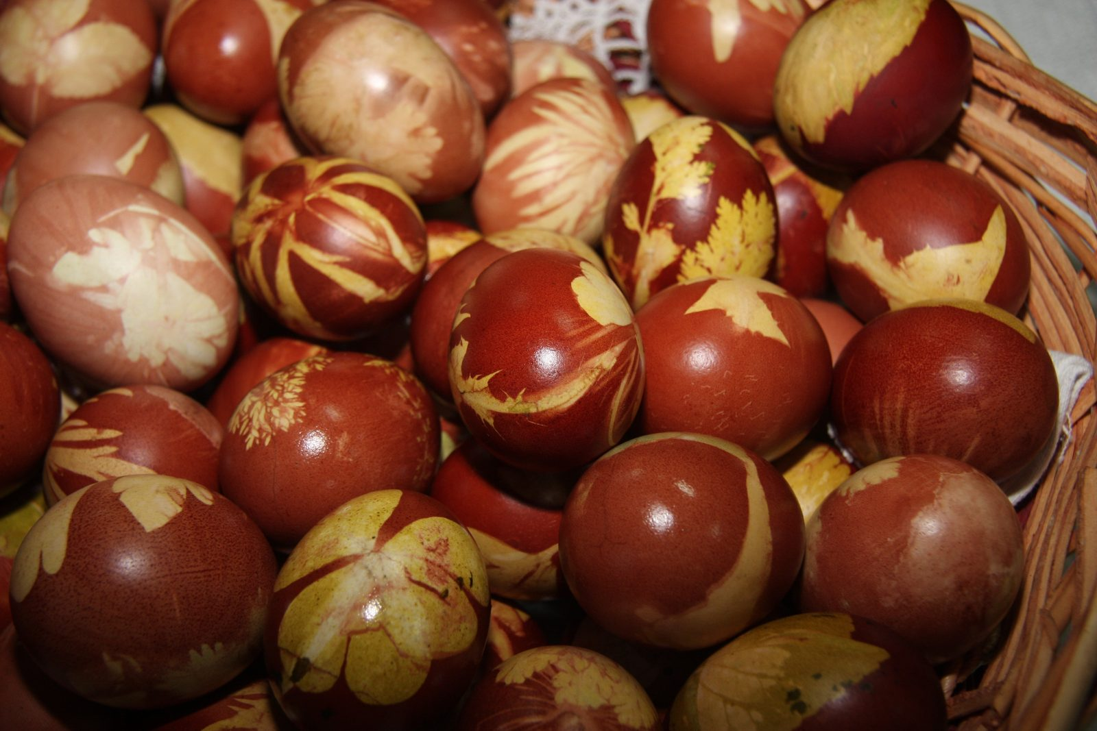farbanje jaja msubotica01