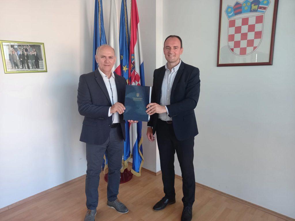 Načelnik Ivan Hajdarović i tajnik Goran Gotal