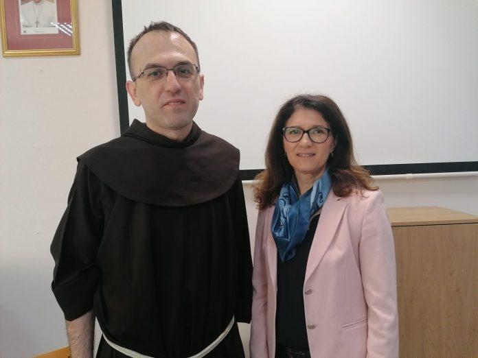 Fra Tomislav Božiček i Ljerka Cividini